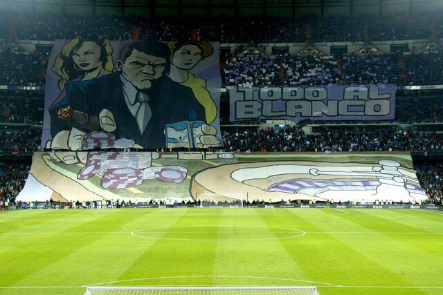 Archivo:Mosaico Real Madrid Maria Latore.jpg