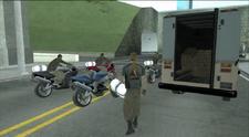 Los ladrones con los paquetes.PNG