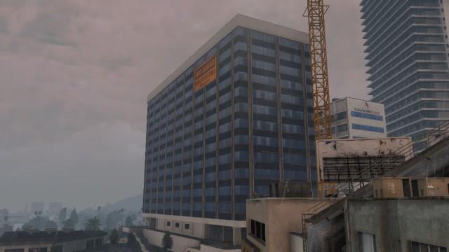 Archivo:Luckman-Plaza.jpg