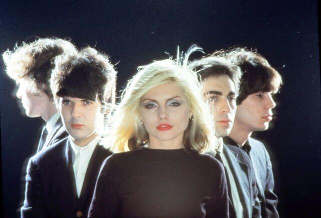 Archivo:Blondie.jpg
