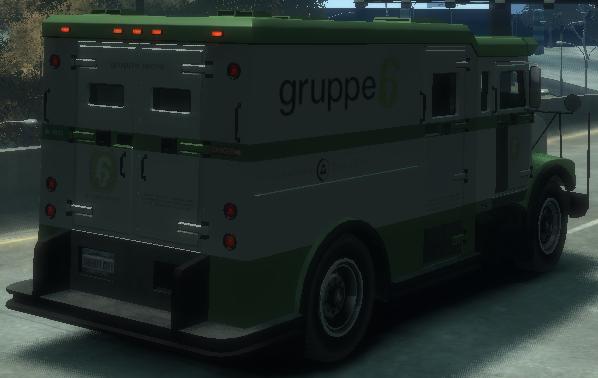 Archivo:Securicar detrás GTA IV.png
