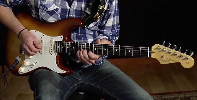 Archivo:FenderStratocaster.jpg