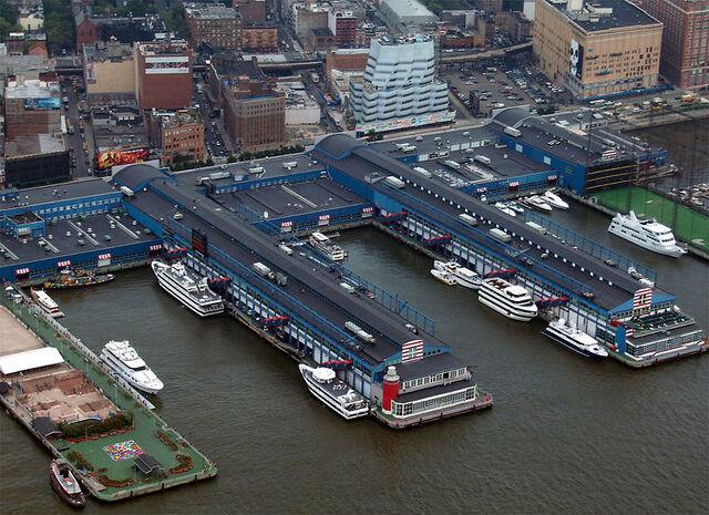 Archivo:Chelsea Piers.jpg