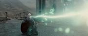 P7 Voldemort durante el duelo final.png