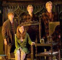 Fred, George , Ron y Ginny.jpg