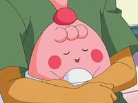 Archivo:EP536 Happiny en los brazos de Brock.png