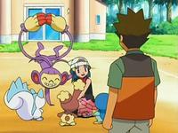 Archivo:EP530 Maya con sus Pokémon.png