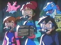 Archivo:EP216 Misty, Luka y Ash con el cofre.png