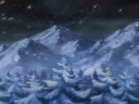 Archivo:EP585 Montañas nevadas.png
