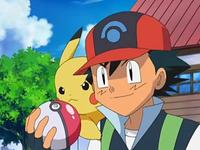 Archivo:EP557 Ash con su Poké Ball.png