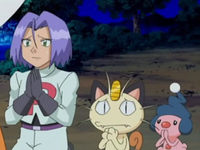 Archivo:EP546 James, Meowth y Mime Jr. suplicando a Jessie.png
