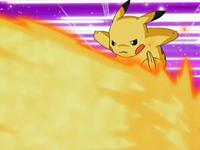 Archivo:EP543 Pikachu esquivando hiperrayo.png