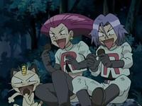 Archivo:EP525 Las galletas del Team Rocket quedan chamuscadas tras el paso de Spiritomb.png