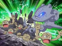 Archivo:EP579 Steelix atacando a los Geodude.png