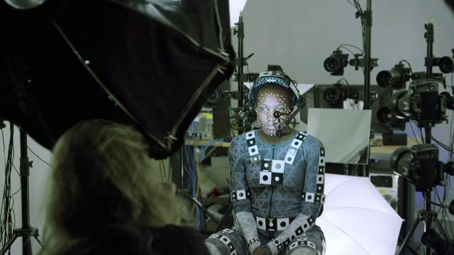 Archivo:Lupita-nyongo-star-wars-the-force-awakens-vanity-fair-june-2015.jpg