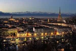 Turin -by-night-city-photo-Wikipedia