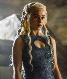 w:c:hieloyfuego:Daenerys Targaryen