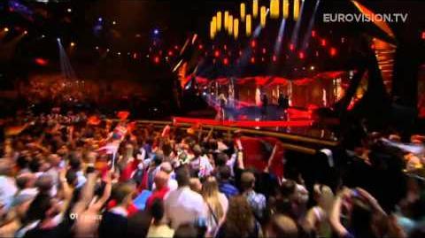 Amandine Bourgeois - L'enfer Et Moi (France) - LIVE - 2013 Grand Final