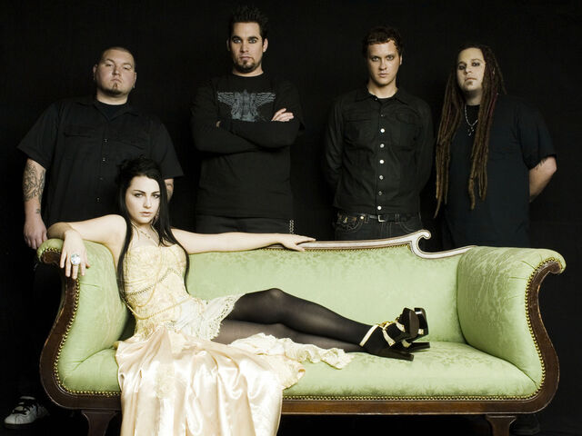 File:Evanescence 4.jpg