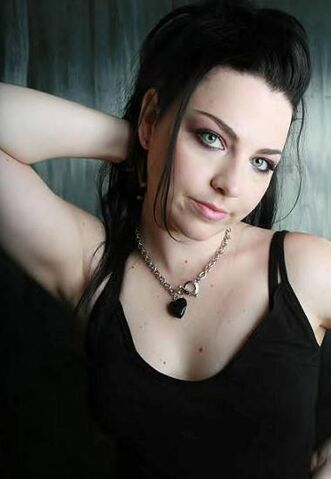 File:Amy Lee Evanescence Picture 9.jpg