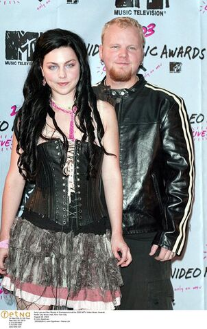 File:Evanescence picture 25.jpg