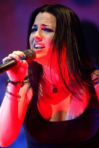 File:Amy Lee Evanescence Picture 51.jpg