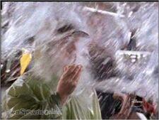 Tugnut Gets Splashed