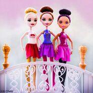 Facebook - Ballet Apple Holly Brair