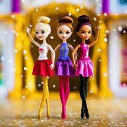Facebook - Ballet Apple Holly Brair II