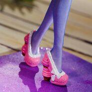 Facebook - cupcake shoes