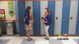 Emandi at lockers
