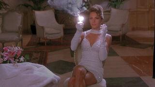 Michelle Rodham Huddleston (played by Brenda Bakke) Hot Shots 2 34