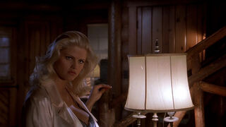 Tanya Peters in Naked Gun 3 (played by Anna Nicole Smith) 171