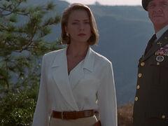 Michelle Rodham Huddleston (played by Brenda Bakke) Hot Shots 2 26
