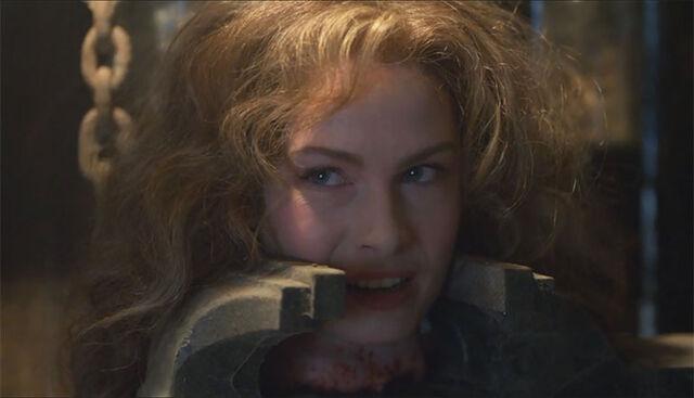File:Ash-vs-Evil-Dead-Linda-122115.jpg