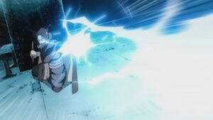 Sasuke using Chidori Eiso