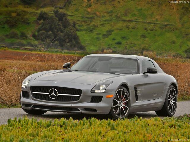 File:Mercedes-Benz-SLS AMG GT 2013 800x600 wallpaper 04.jpg