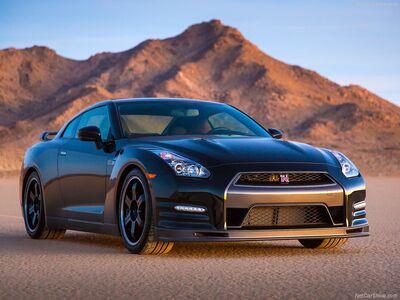 Nissan-GT-R Track Edition 2014 800x600 wallpaper 04