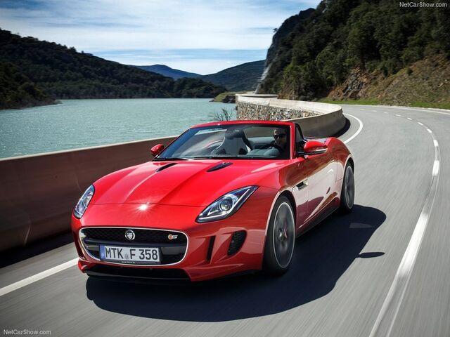 File:Jaguar-F-Type V8 S 2014 800x600 wallpaper 01.jpg
