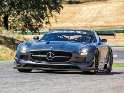 Mercedes-Benz-SLS AMG GT3 45th Anniversary 2013 800x600 wallpaper 03