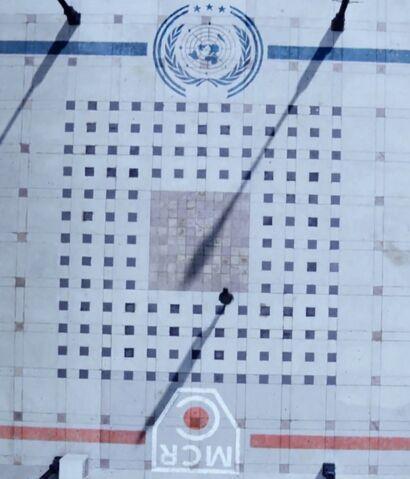 File:Bobbie runs from Mars embassy to UN territory.jpg