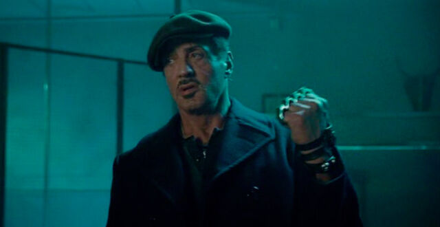 File:Expendables 2 brass knuckles.jpg