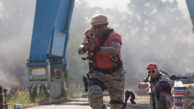 File:EX3- Snipes & Statham in action.jpg