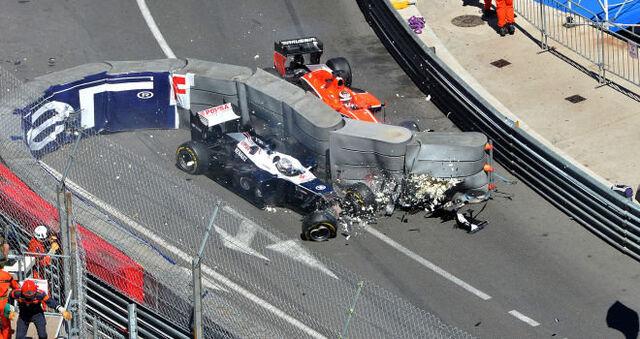 File:Formula-1-grand-prix-monaco-monte-carlo-monte-carlo-action-accident-pastor-malonado 2950769.jpg