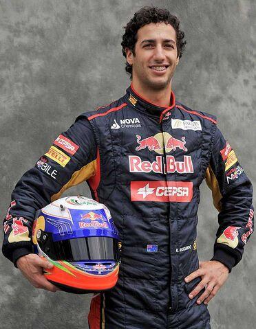 File:Daniel Ricciardo2013.jpg