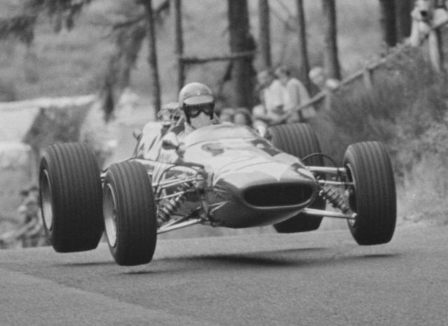 File:Lola T100 1967.png