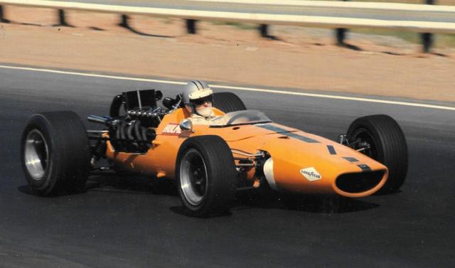 File:McLaren M5A Orange 1968.png