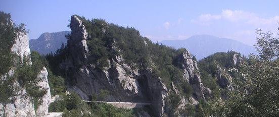 Datei:Tremalzo Tunnel.jpg
