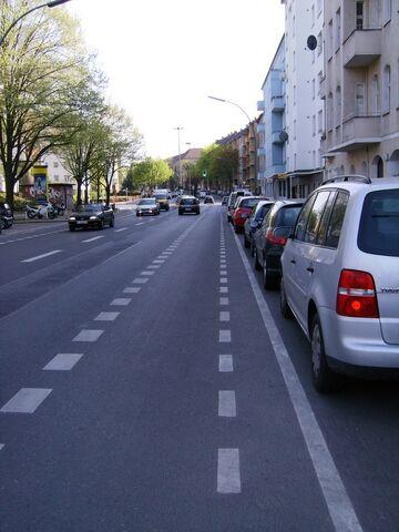 Datei:Schutzstreifen - Katzbachstraße.jpg
