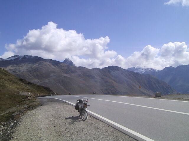 Datei:Berninapass Dalli.jpg